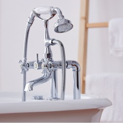 Designer's Whirlpool Classic (Oval Bath Whirlpool - Island Type)